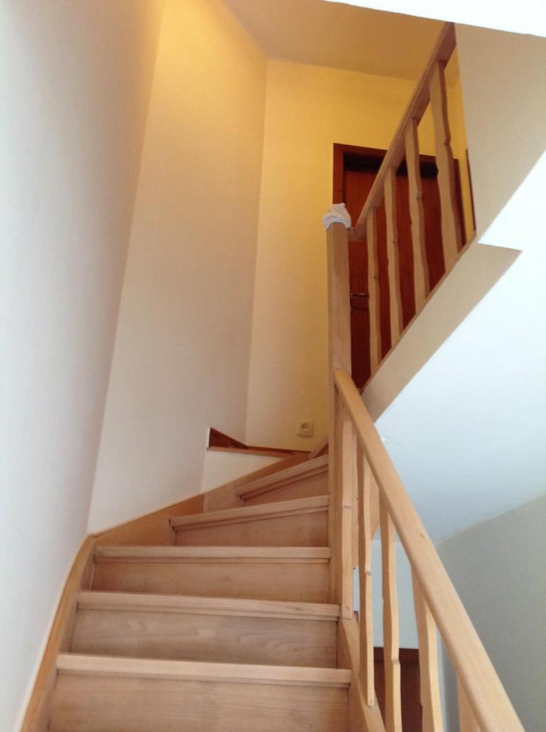Traprenovatie prijs offerte renoveren trap stabroek putte kapellen kalmthout lillo - Renovatie houten trap ...